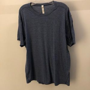 Lululemon men's blue SS top, sz xl, 64877